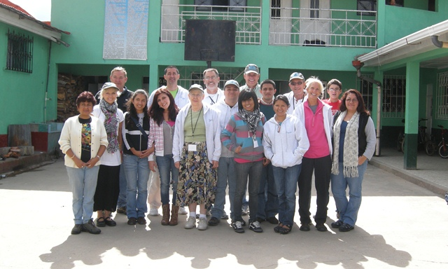 Volunteer team at Iglesia Eben Ezer in Aldea San Jose, San Carlos Sija, Guatemala